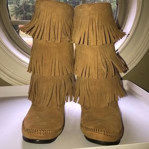 Minnetonka Calf High 3-Layer Fringe Boots